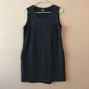 Blue t-shirt dress with pockets